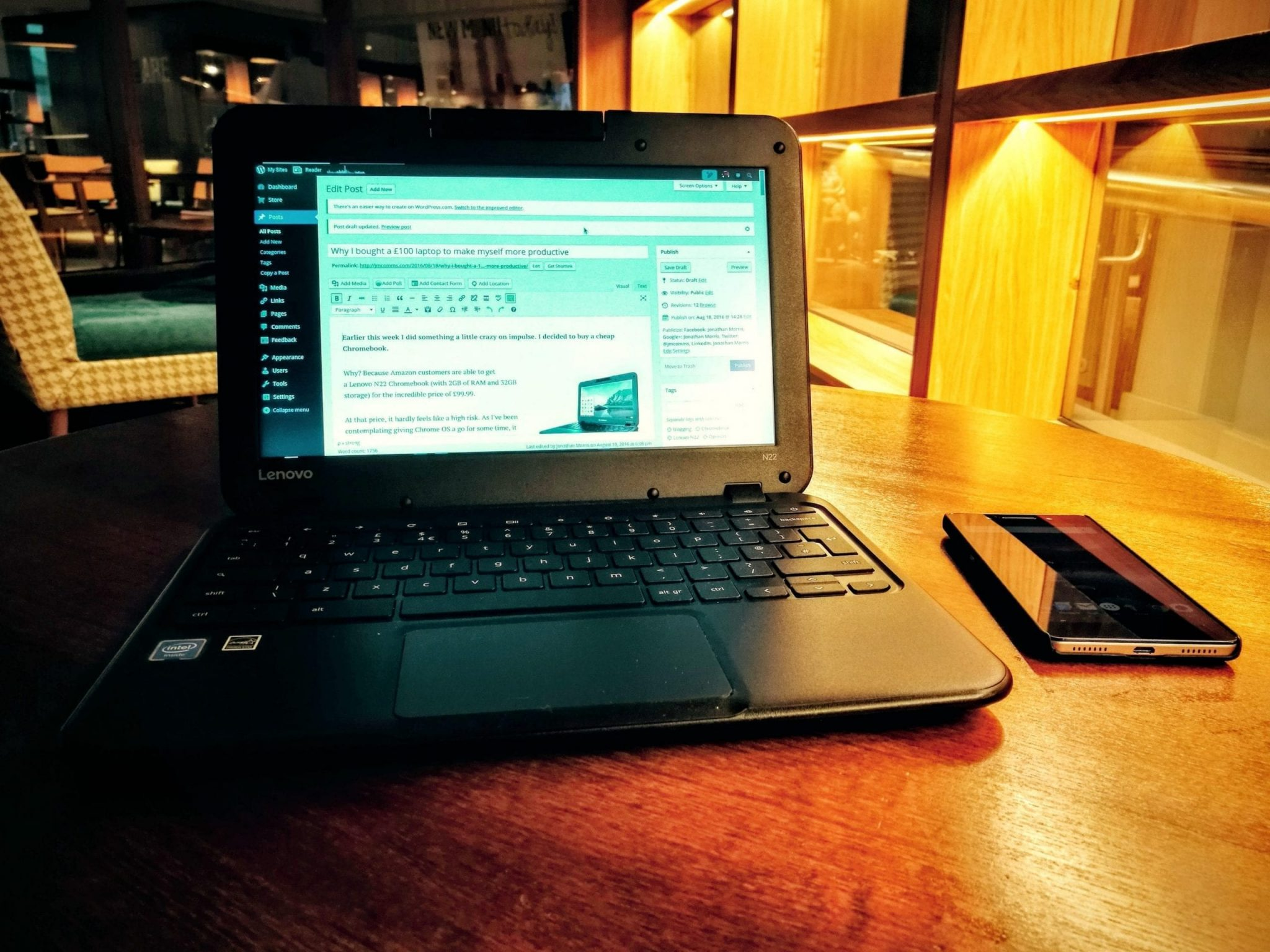 Lenovo N22 on table